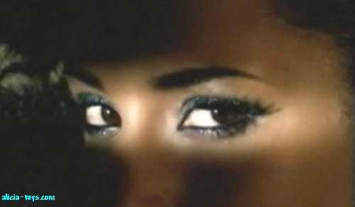 Les yeux ... G1n7ha40